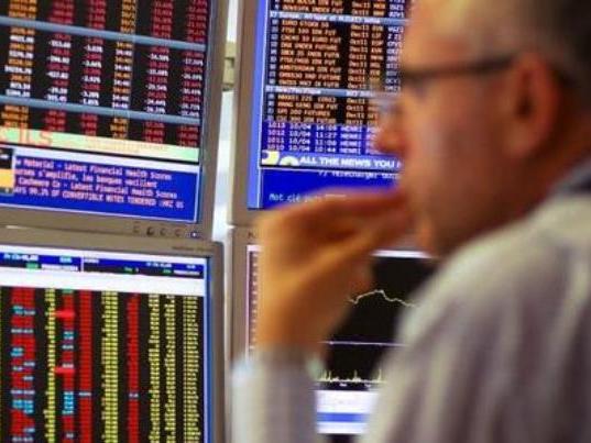 European stocks fall at open on sub-zero oil