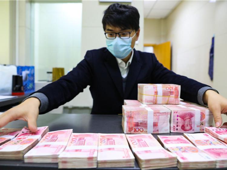 China's bad loan risks under control: regulator