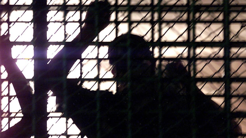 Iran prisoners 'on edge' over virus threat