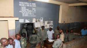 Cameroon releases about 1,000 prisoners amid COVID-19 pandemic