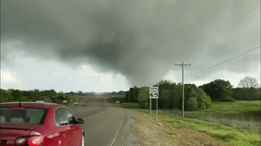 At least 7 dead as storms hit Oklahoma, Texas and Louisiana