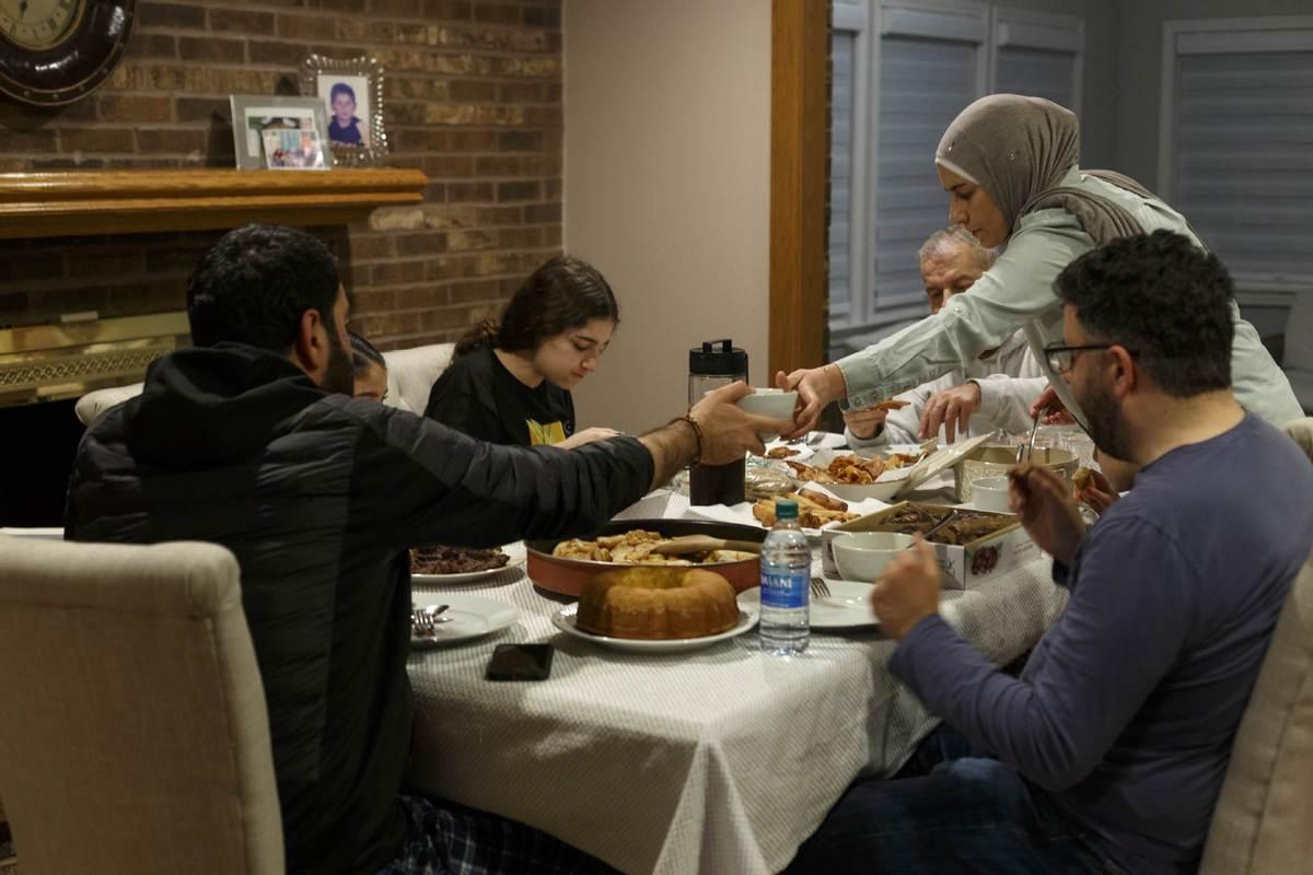 For Muslims, feasts make way for Ramadan in lockdown