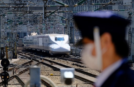 COVID-19 cases in Japan rise to 13,585
