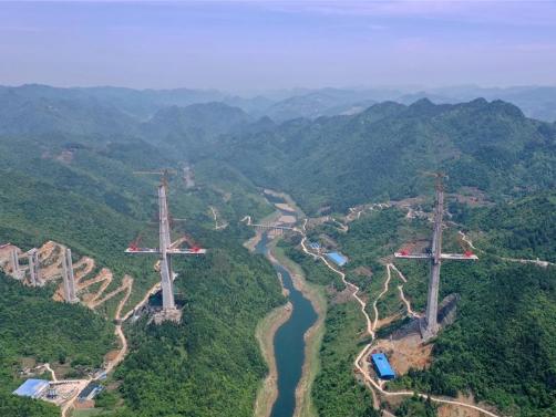 Construction site of Xiangjiang bridge in SW China