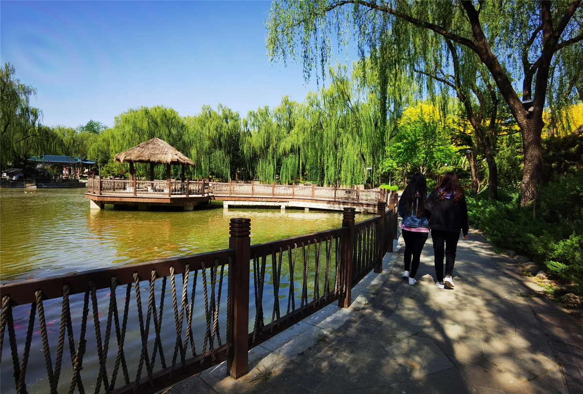 Beijing will open 40 new parks before May