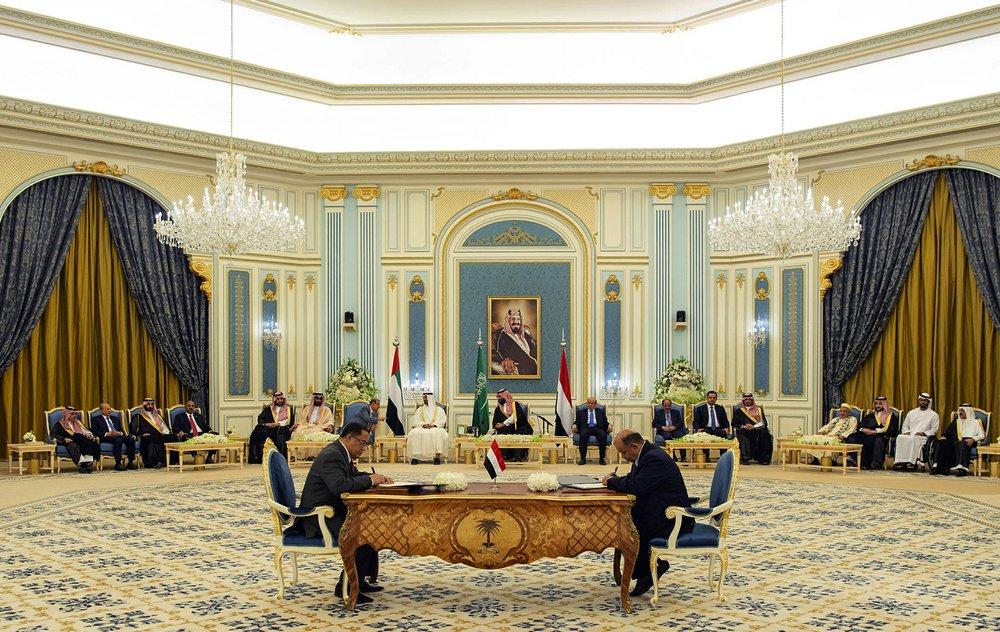 Saudi coalition urges Yemen separatists to honor Riyadh deal