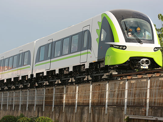 China's new maglev train passes speed test at 160 kph