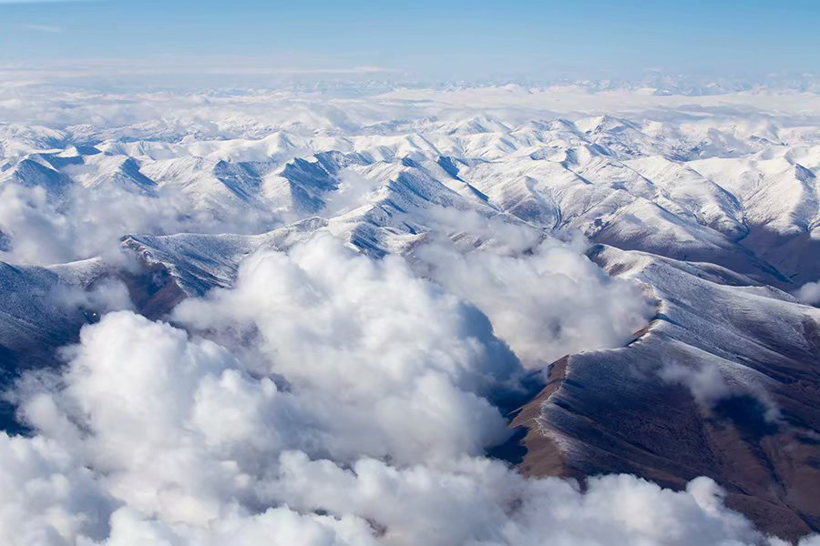 Chinese photographer captures beauty of Tibet