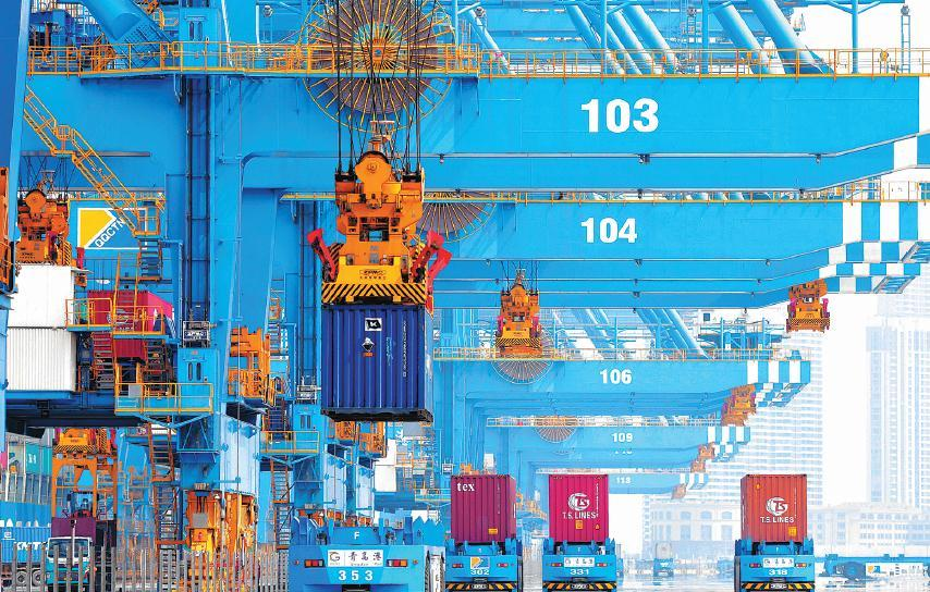 Foreign-trade businesses adopt survival tactics