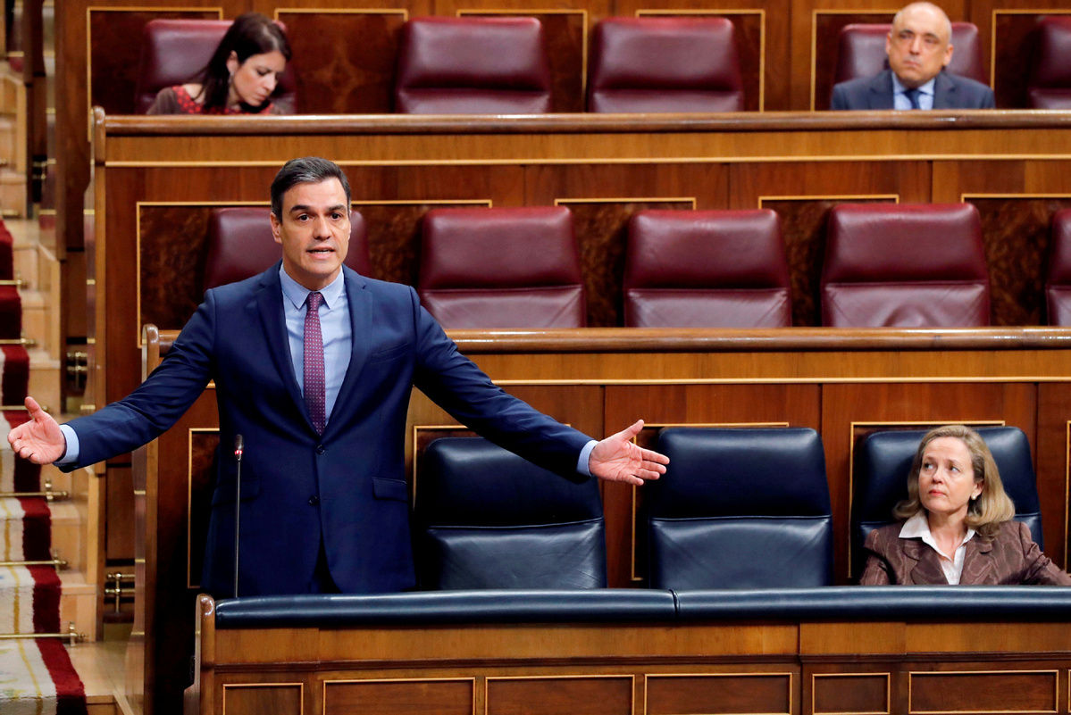 Spanish PM sets out plan for scaling down coronavirus confinement