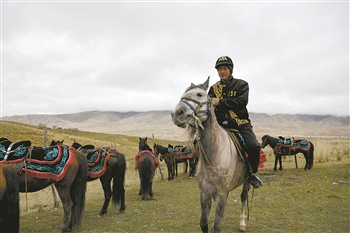 Xinjiang invests 880 mln yuan on tourism update, promotion