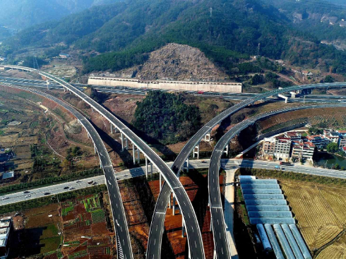 Hubei to resume operation of 39 trans-provincial highway transportation routes