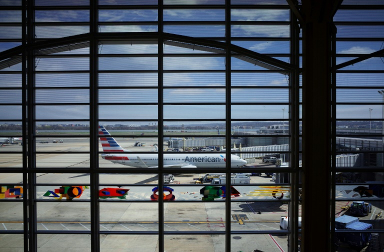 US airlines announce new policies to slow coronavirus spread
