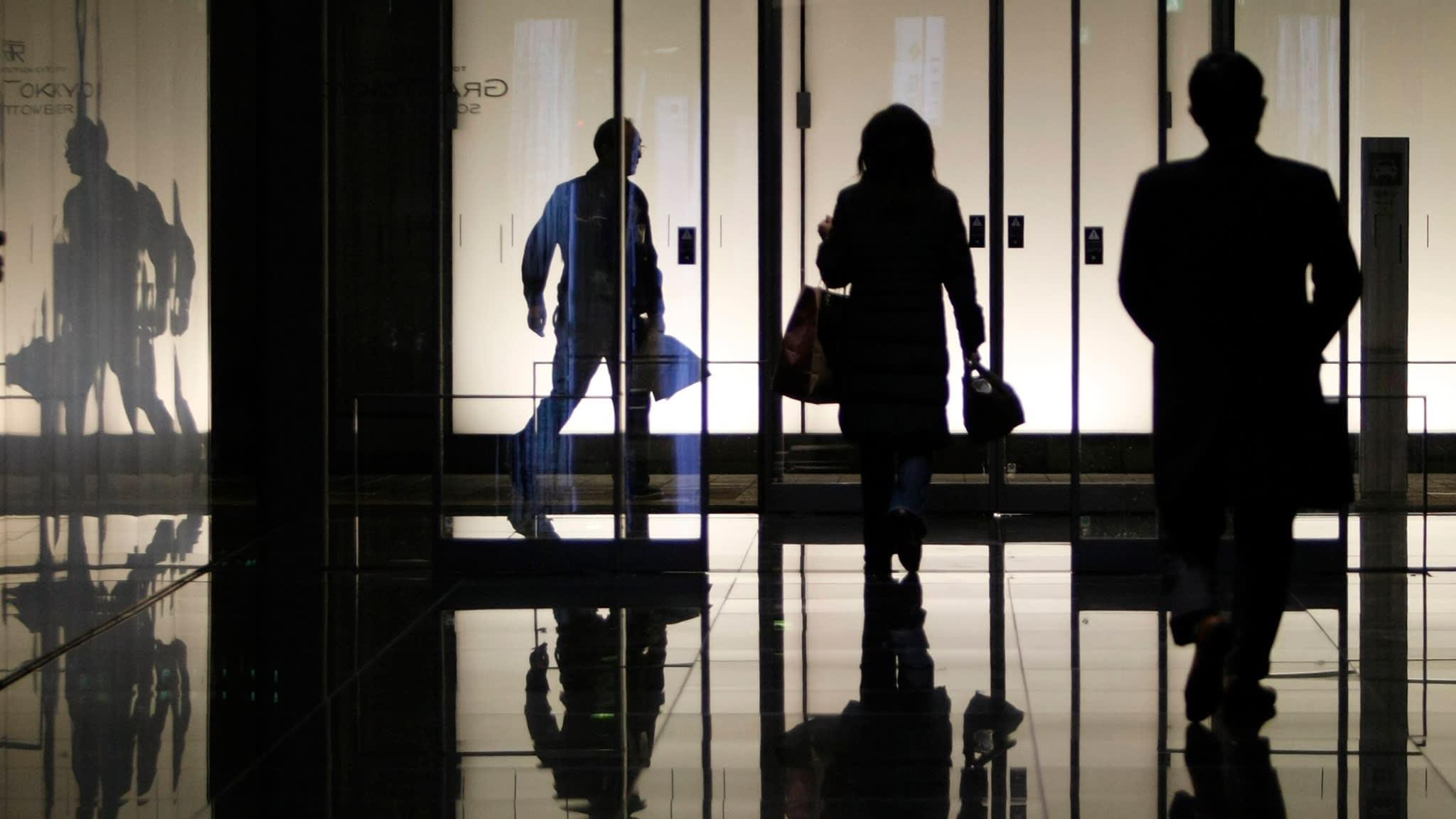 Nearly half of global workforce risk losing livelihoods in pandemic: ILO
