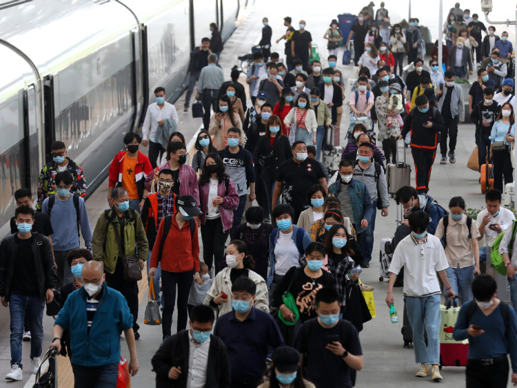 Holiday expected to boost passenger flow