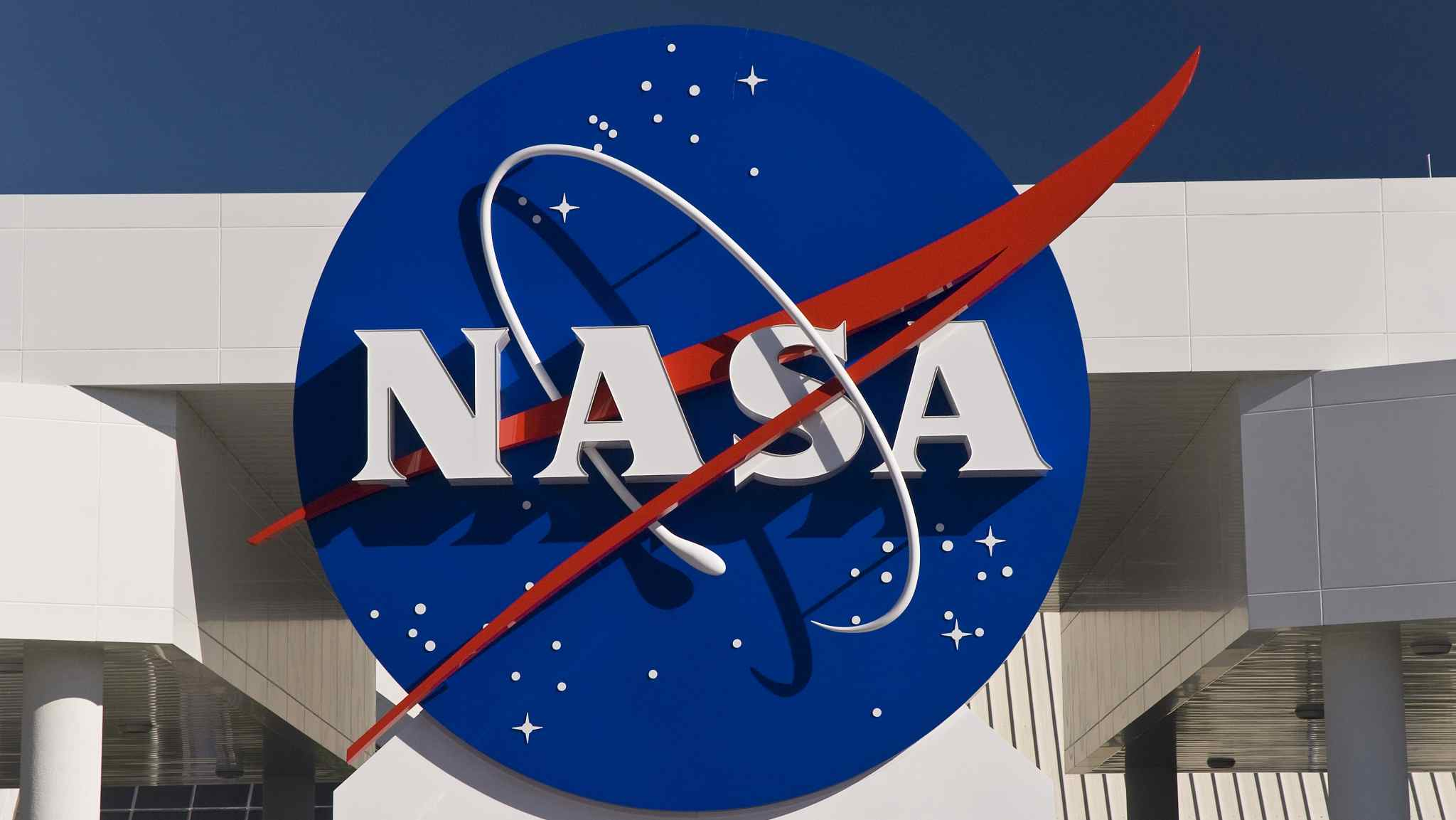NASA space laser missions map ice sheet loss in 16 years