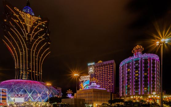 Macao's gaming revenue plunges by 96.8 pct in April