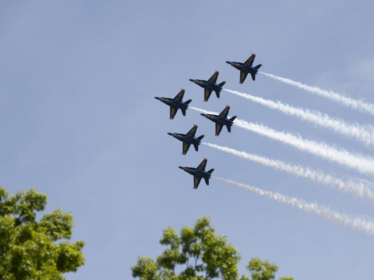 Flyover around Washington D.C. salutes healthcare workers fighting COVID-19