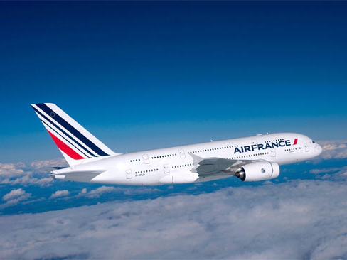 EU approves 7 bln euros in French state aid to Air France