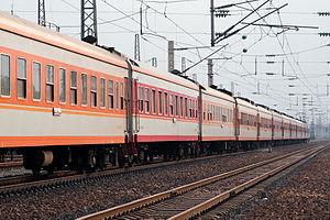 300px-China_Railways_25G_passenger_coache.jpg