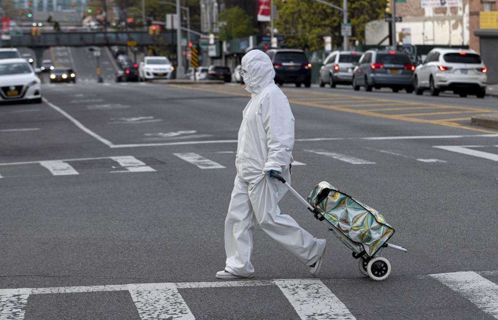 Global COVID-19 deaths surpass 250,000: Johns Hopkins University
