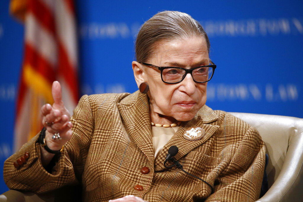 Justice Ginsburg in hospital with infection, US court says