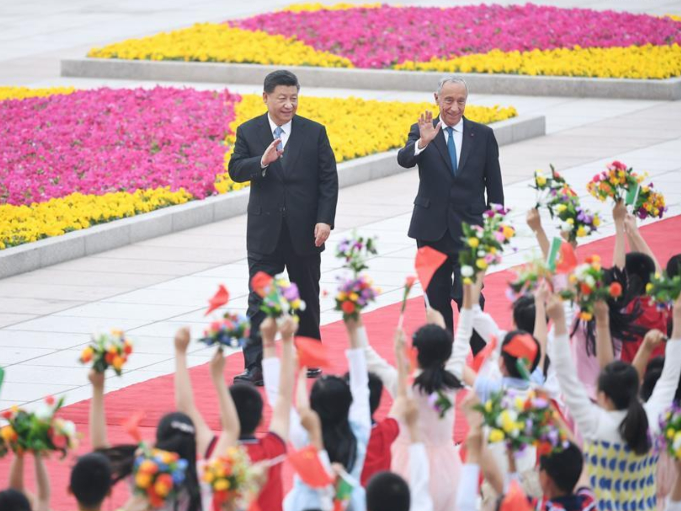 Xi urges global solidarity, cooperation against grave challenges