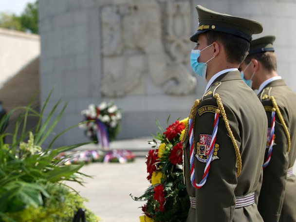 Czechs mark 75th anniversary of end of World War II in Europe