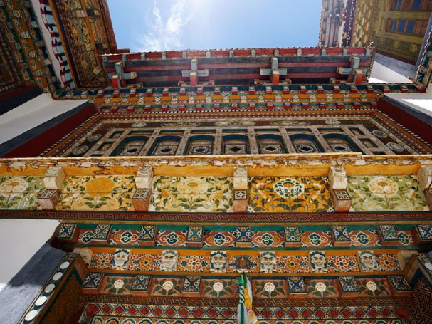 Cultural exchanges help shape unique style of Dobbar's local residences in Tibet