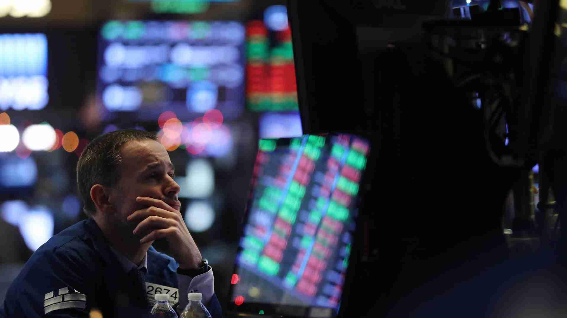 US stocks open lower as market weighs restarts