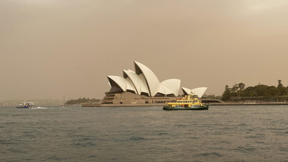 Australia records largest-ever drop in visitor arrivals due to COVID-19