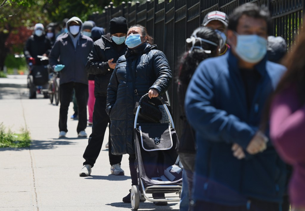 US adds more than 1,800 coronavirus deaths in 24 hours: tracker