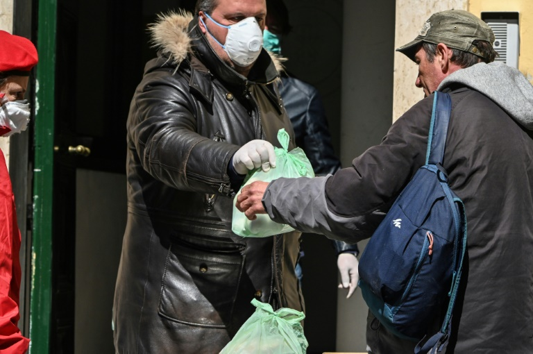 From opera to bread line: Italy's surge in the 'new poor'