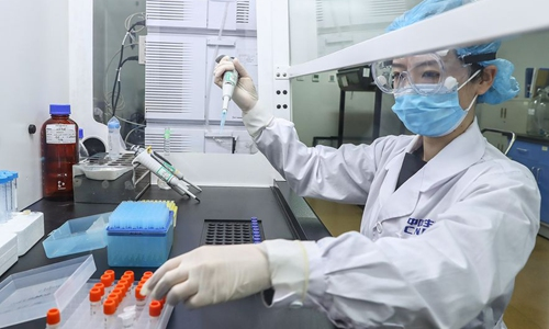 FM refutes theft slander, says China should worry about US hackers stealing vaccine research