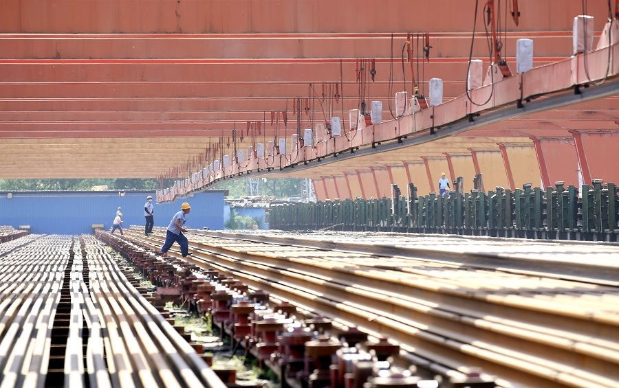 Welding the path for high-speed rail