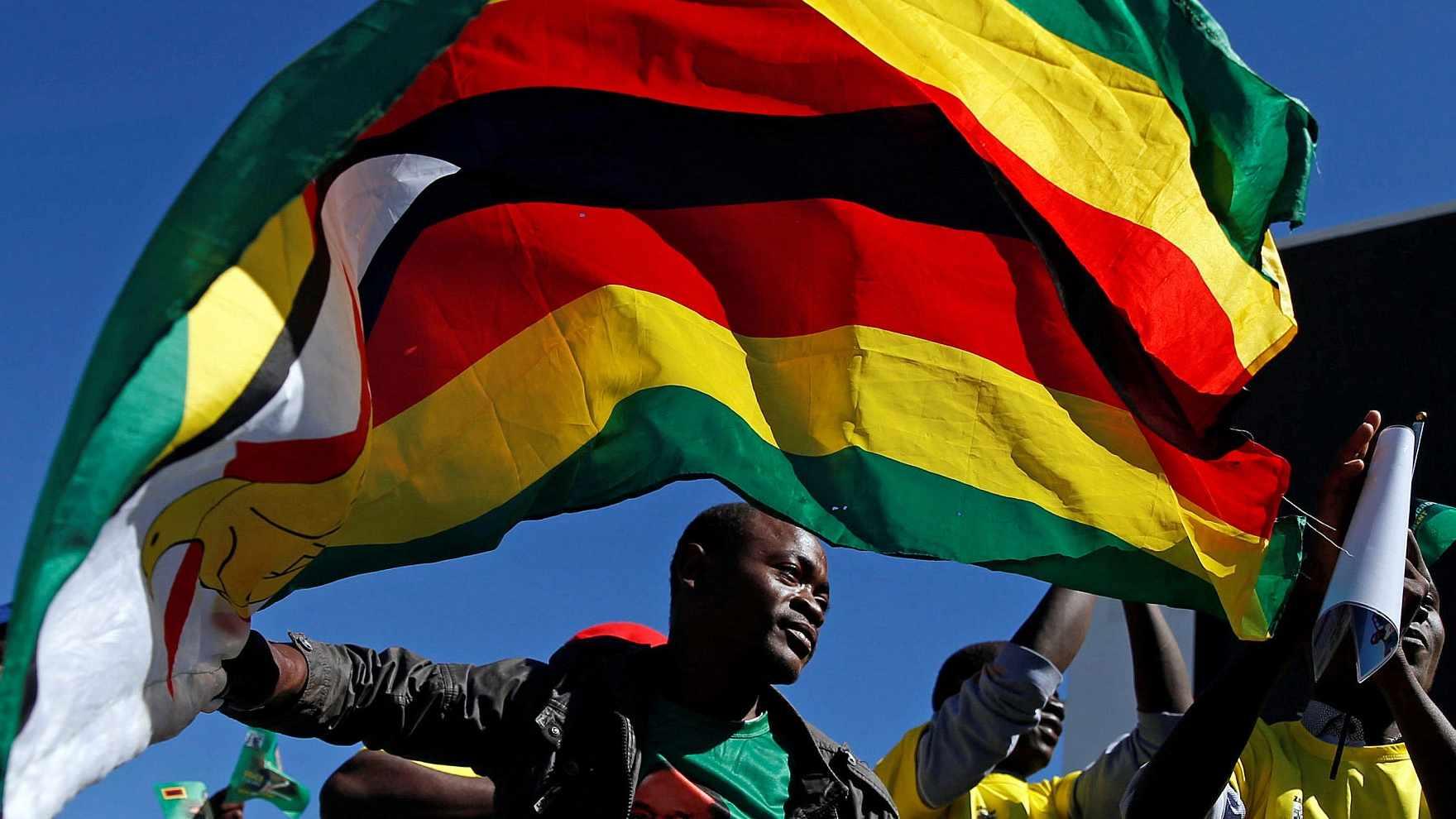 Zimbabwe extends national lockdown