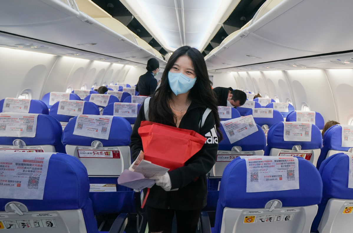 Passenger flights in China cross 10,000 mark