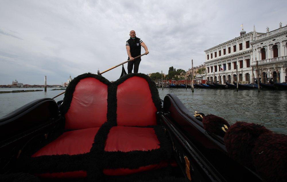 Virus lockdown gives Venice a shot at reimagining tourism