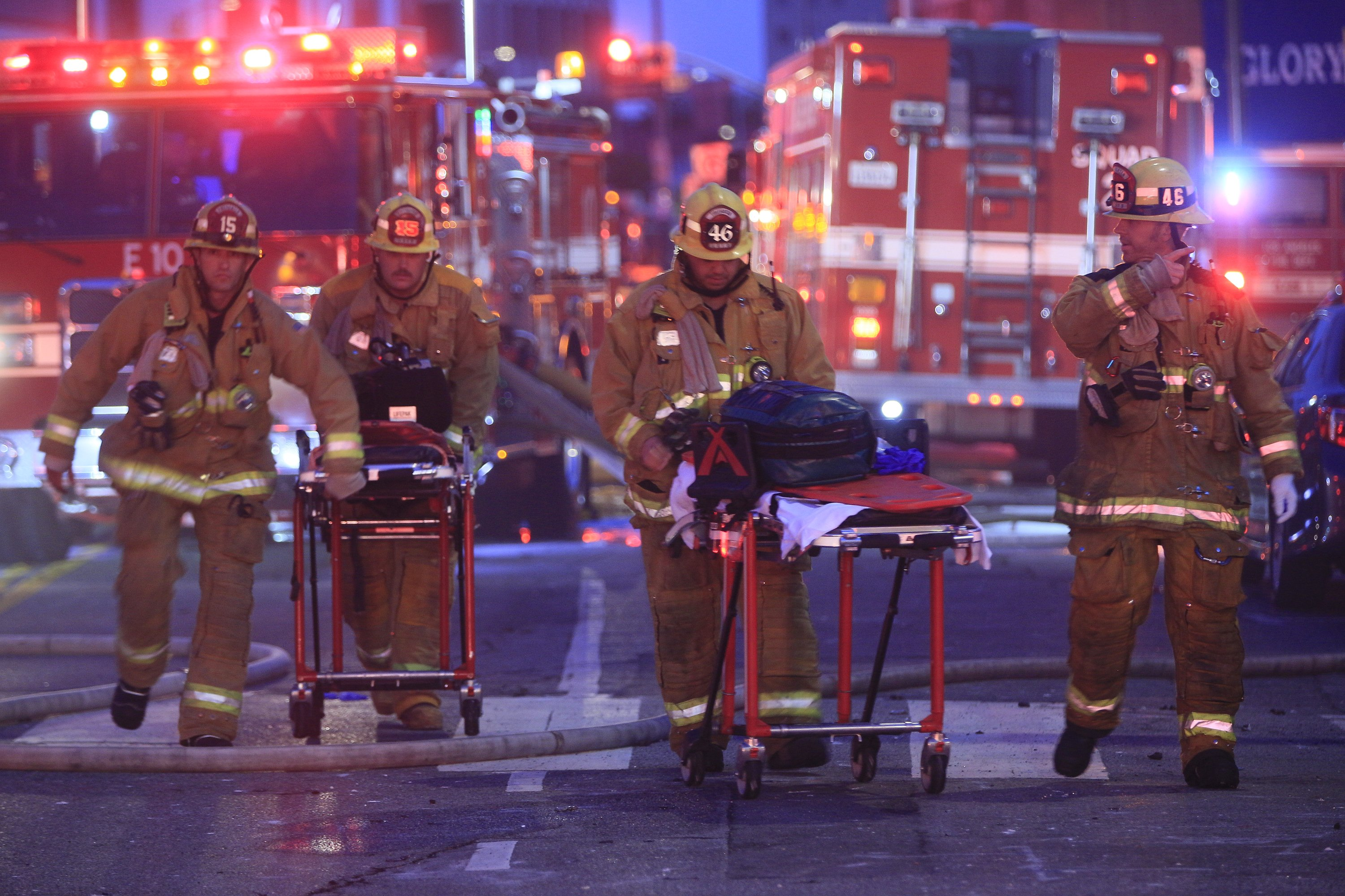 11 Los Angeles firefighters hurt while running from blast