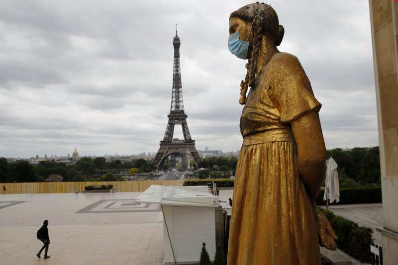 France records new COVID-19 fatalities amid infection decline