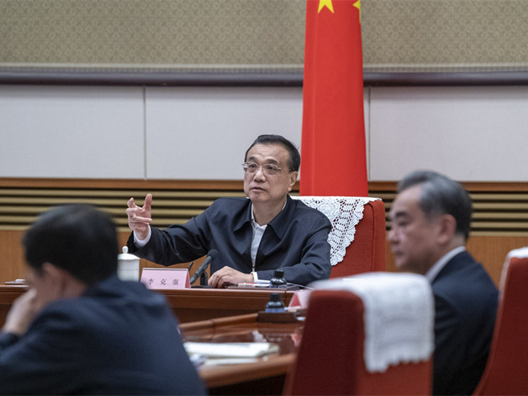 Chinese premier stresses protection of biodiversity