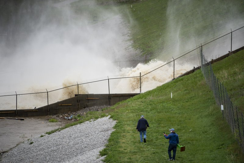 Michigan dam had repeated safety violations before flooding