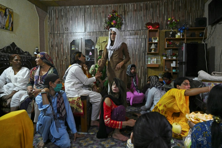 Virus pushes Pakistan's transgender dancers out of their homes