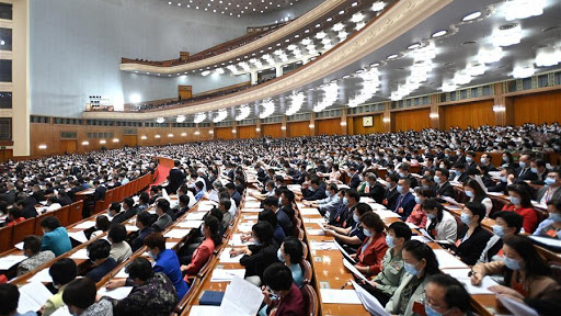 NPC deputies share views on how China should further advance economy