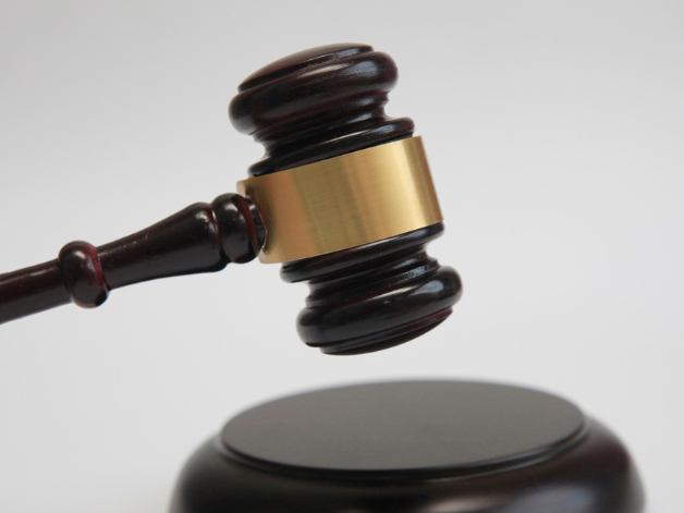 Top court to ease litigation for foreigners