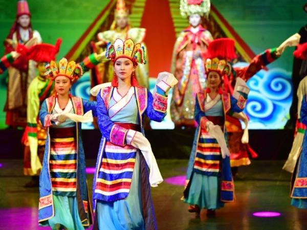 Traditional Tibetan musical resumes public performance