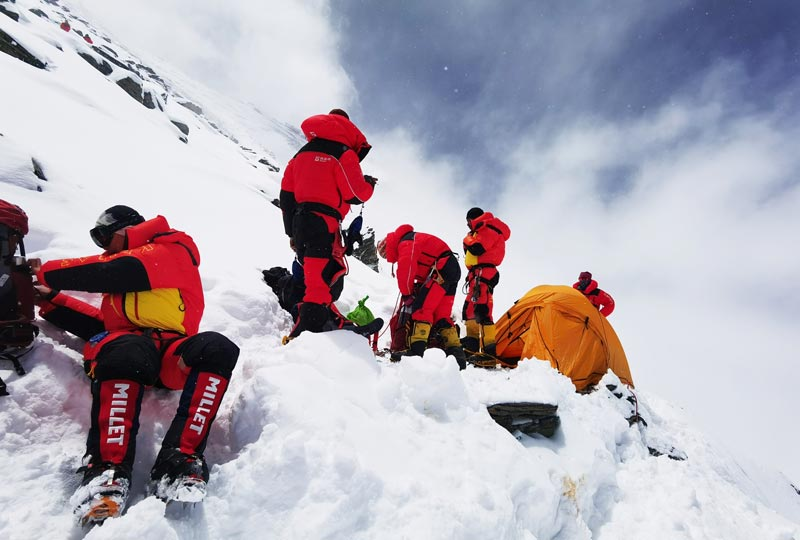 Desire to scale Qomolangma never dies: 60th anniversary of 1st ascent of northern slope