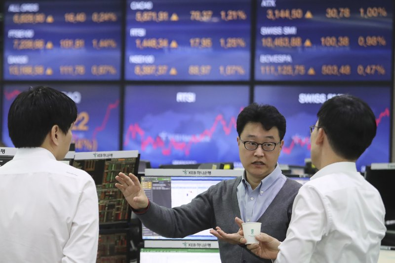 Tokyo stocks close higher on hopes for reopening economy
