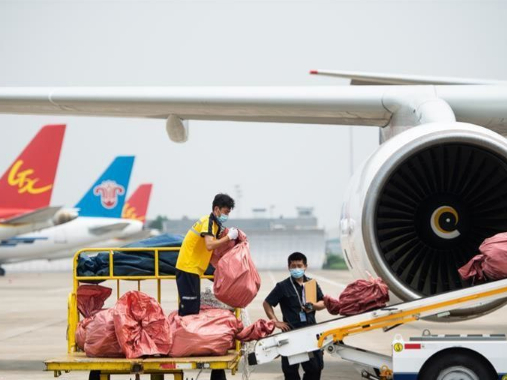 E-commerce air freight route links central China, Moscow