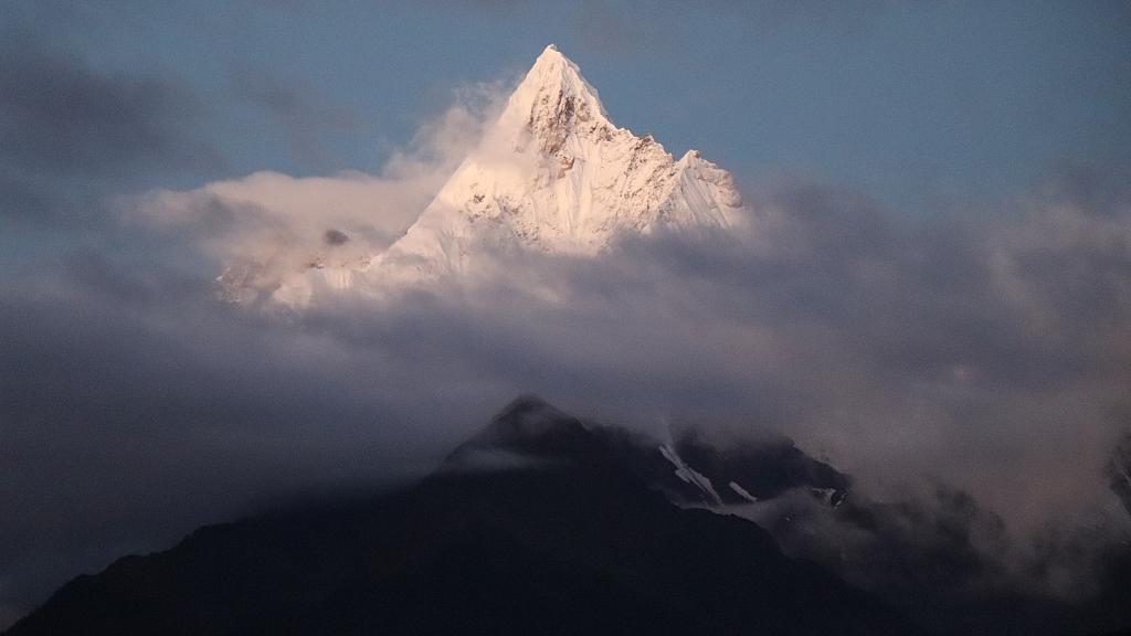 Meili Snow Mountain National Park closes after heavy rain, snow